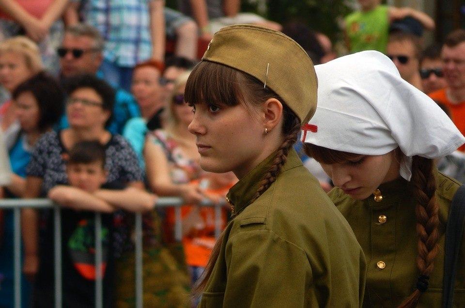 На встрече с населением в Отрадном обсудили работу по подготовке к празднованию годовщины Великой Победы