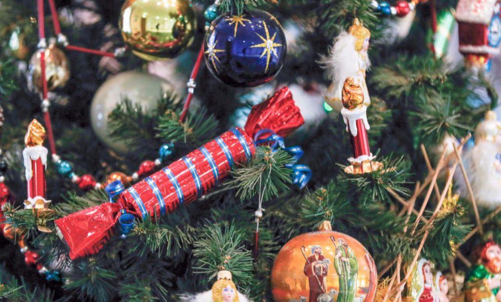 В сквере на Санникова-Хачатуряна разместится площадка фестиваля «Путешествие в Рождество»